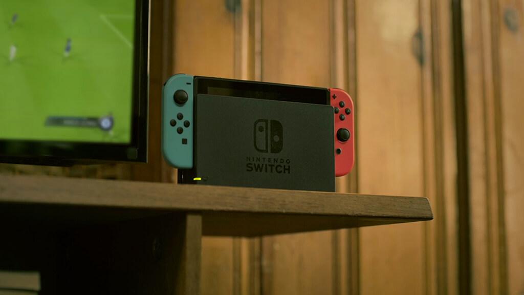 fifa 18 sur switch premi res informations officielles une version am lior e de fifa 17. Black Bedroom Furniture Sets. Home Design Ideas